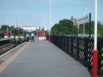 Pontefract Monkhill railway station - Platform 1