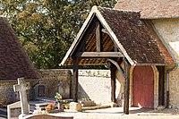Porche de l'église (Saint-Jean-de-Livet, Calvados, France).jpg