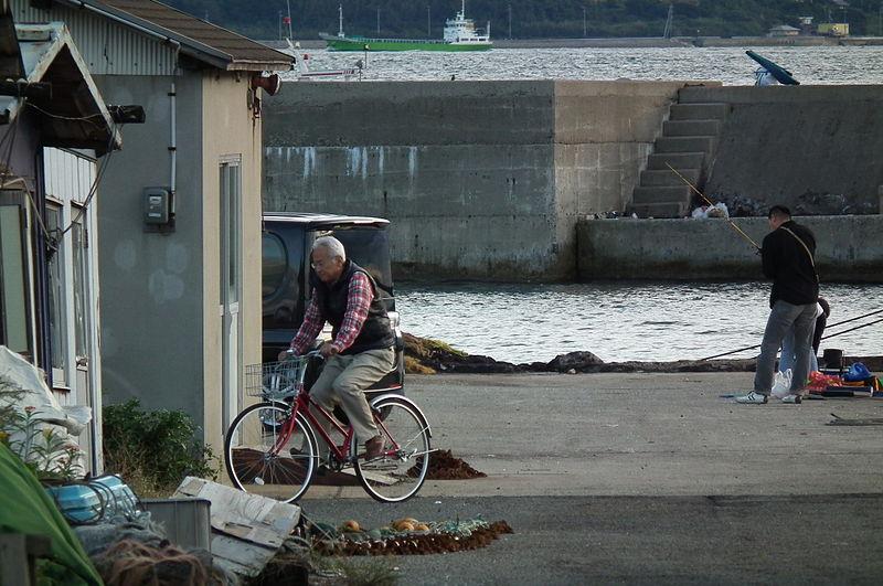 File:Port of Akashi,明石港 DSCF1937.jpg - Wikimedia Commons