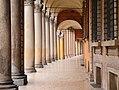 Portico di Via Santo Stefano.jpg