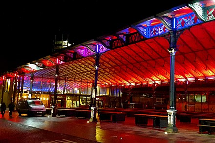 Preston Market Hall and Outdoor and Secondhand Markets at night Preston Market Hall by night 20190123.jpg