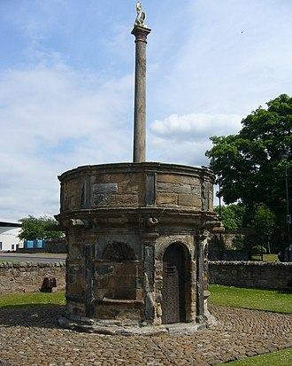 Economy of Scotland in the Middle Ages - One of the oldest surviving mercat crosses at Prestonpans, East Lothian, which often indicated the commercial centre of a burgh