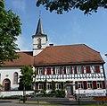 Protestantische Kirche und Pfarrhaus - panoramio (1).jpg