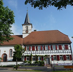 Schwegenheim - Church and clergy house