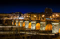 Puente de Toledo en la noche.jpg