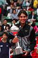 Rafael Nadal con la copa - 0010 Japan Open Tennis Tokio 2010.jpg