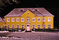 Rathaus Hilter im Winter (2009).jpg