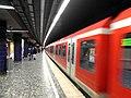 Reeperbahn - Hamburg - S-Bahn (13377479094).jpg