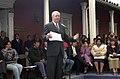 Ricardo Lagos entrega subsidios progresivos privados en Santa Cruz 3.jpg