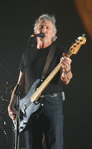English: This image file, Roger Waters O2 Aren...