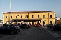 Roma FS Tuscolana esterno.jpg
