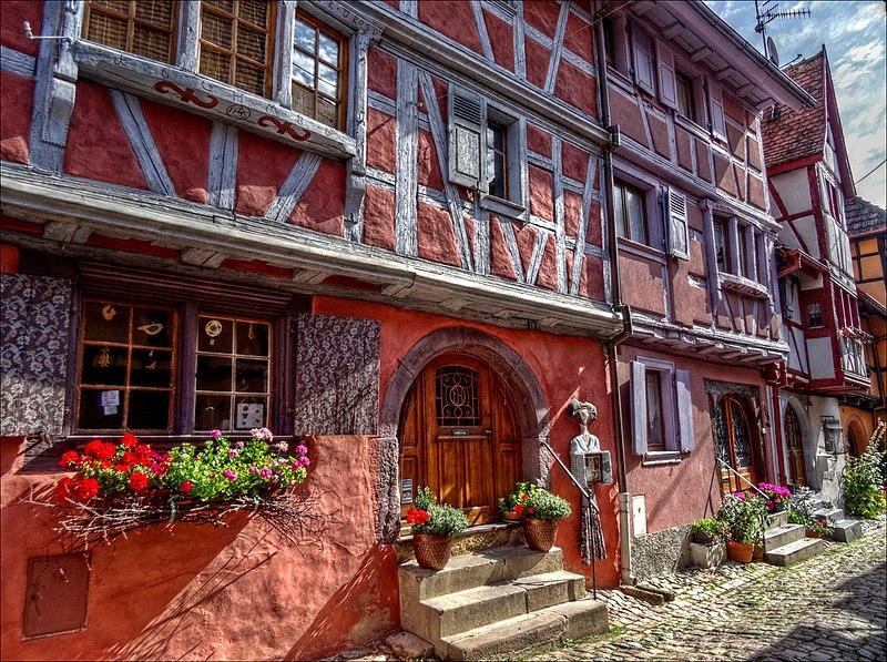 File:Rue du Rempart Nord, Eguisheim, Alsace - panoramio.jpg
