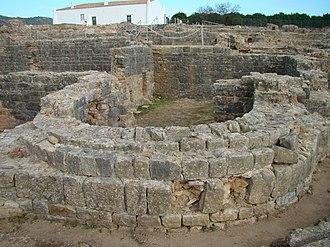 Roman Ruins of Milreu - Image: Ruinas Romanas de Milreu termas 15.11.2017