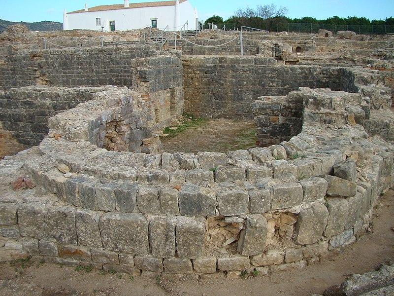 File:Ruinas Romanas de Milreu - termas - 15.11.2017.jpg