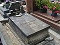 Sépulture de Caroline MENNECHET de BARIVAL – Cimetière Montmartre 02.jpg