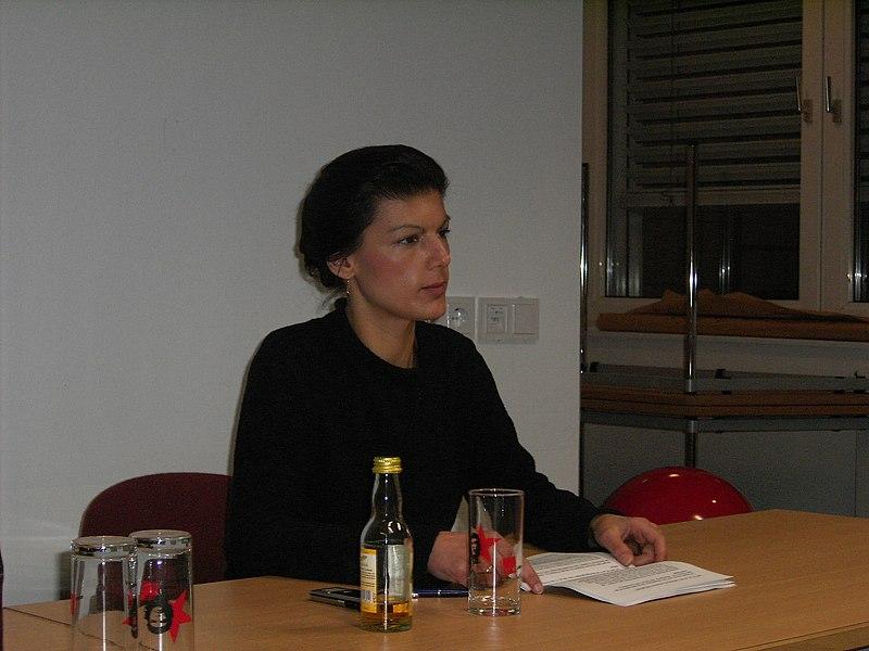 File:Sahra Wagenknecht-03.JPG