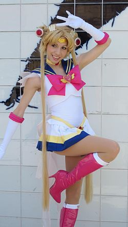 Cosplay de Super Sailor Moon.