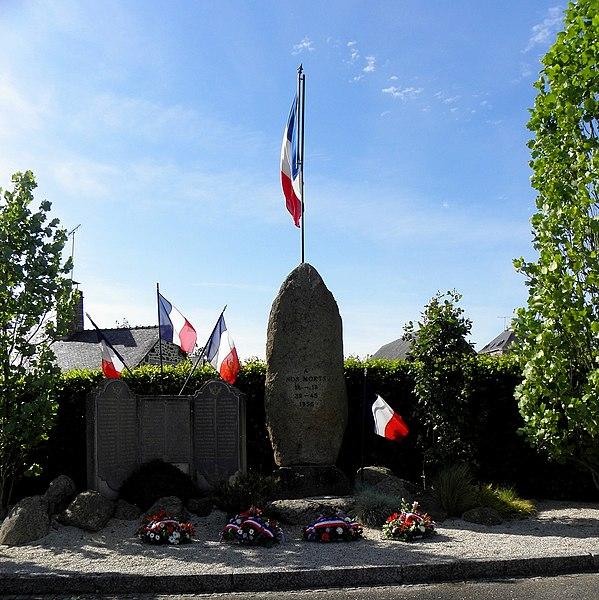 Monument aux morts de Saint-Pierre-des-Landes.