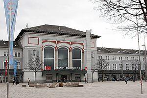 Salzburg Hauptbahnhof - Station building