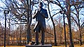 Samuel Gompers Statue By Susan Clinard - panoramio.jpg