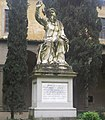 Santa Croce Courtyard Statue (5987220730).jpg