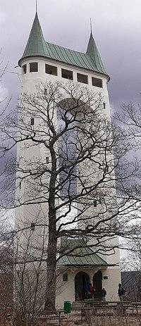 Schoenbergturm bei PfullingenV1.JPG
