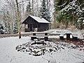 Schumacherhütte mit Grillstelle - panoramio.jpg