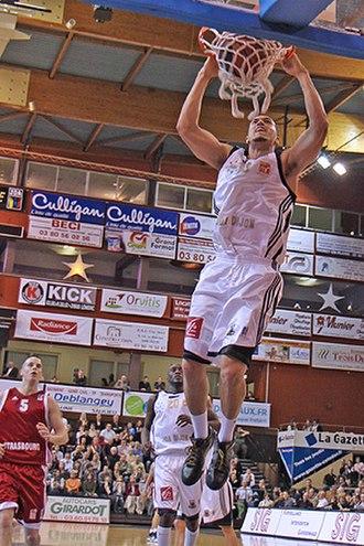 Sean Marshall (basketball) - Marshall with Dijon in 2011