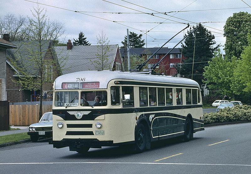 File:Seattle 1940 Brill trolleybus 798 in 1990.jpg