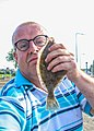 Selfie van Peter van der Sluijs with a large flounder.jpg