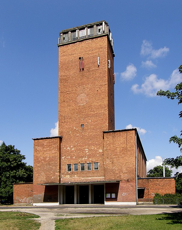 Eglise moderniste du quartier de Sepolno à Wroclaw - Photo de Thomas Kaffenberger