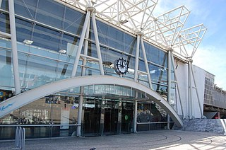 file sete rios train station 3784715251 jpg wikimedia commons. Black Bedroom Furniture Sets. Home Design Ideas