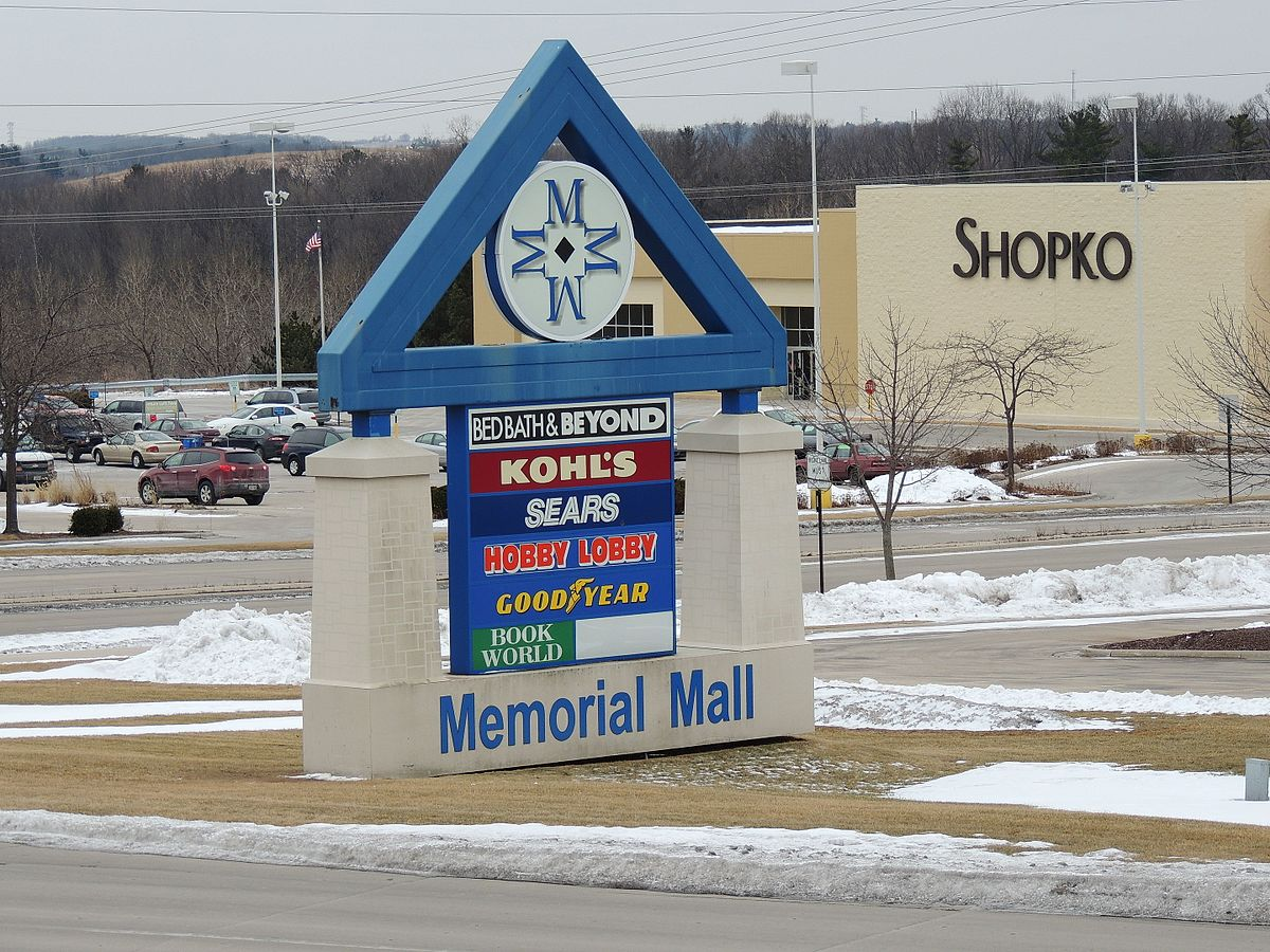 Sign And Drive 45 >> Memorial Mall - Wikipedia