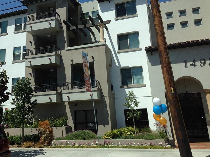 File:Sherman Oaks, Los Angeles, CA, USA - panoramio (238).jpg