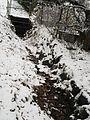 Soldatengraben im Januar 2017 mit Schnee und Ende-Gelände-Schwarzes-Untergrundloch 'Black hole' 2017-01-10.jpg