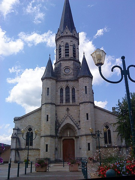 Église de la commune de Saint-Martin-du-Frene (Ain, France)