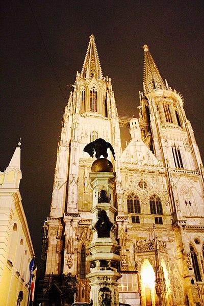 File:St. Peter Dom, Regensburg.jpg
