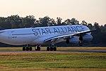 Star Alliance (Lufthansa) Airbus A340-313 D-AIGN (29667117540).jpg