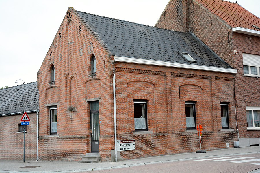 School (voormalige), Stationslaan 28, Zemst