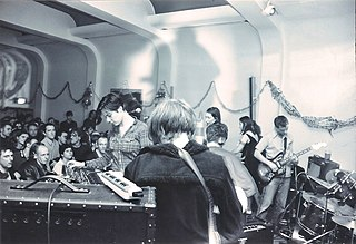 Stereolab An English-French band formed in London in 1990