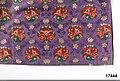Stort förkläde i sidenbrokad - Nordiska museet - NM.0017444 (2).jpg