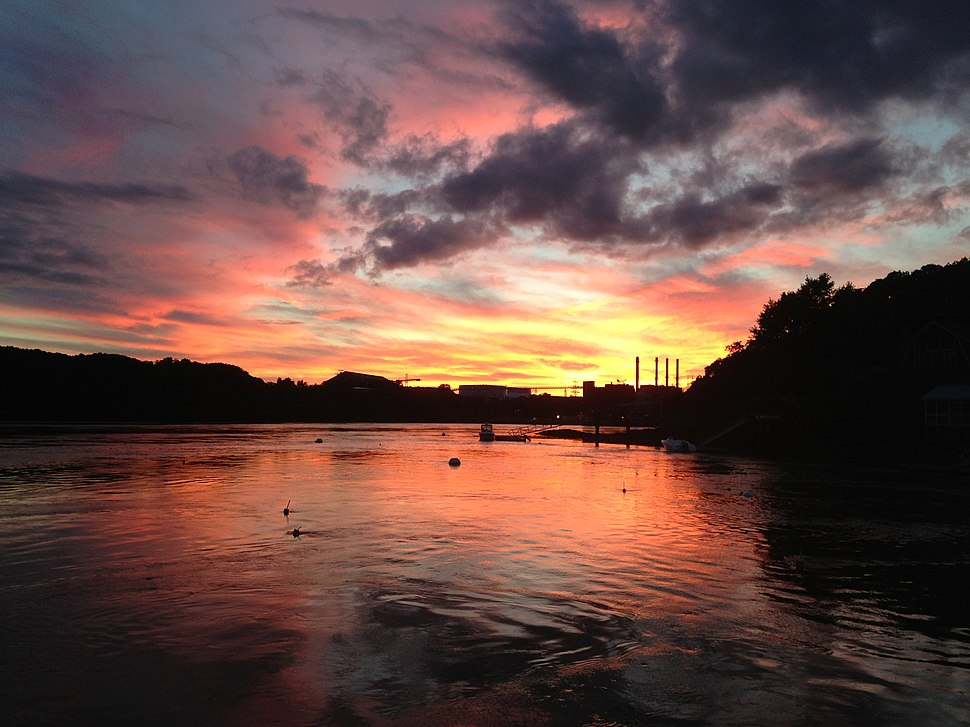 Sunset over the Piscataqua River on the Long Reach, Eliot, Maine (September 2014)