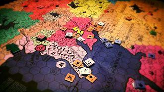 Game mechanics - The hexagonal board of Divine Right