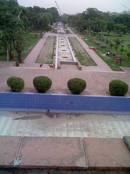चित्र:Talkatora garden new delhi 14 long.jpg