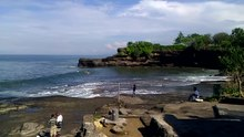 Fichier:Tanah Lot, Bali, Indonesia, February 2012.ogv