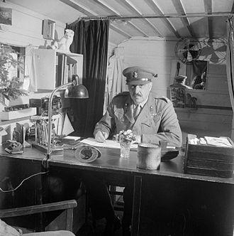 Hugh Llewellyn Glyn Hughes - Brigadier Glyn Hughes at Bergen-Belsen, 1945.