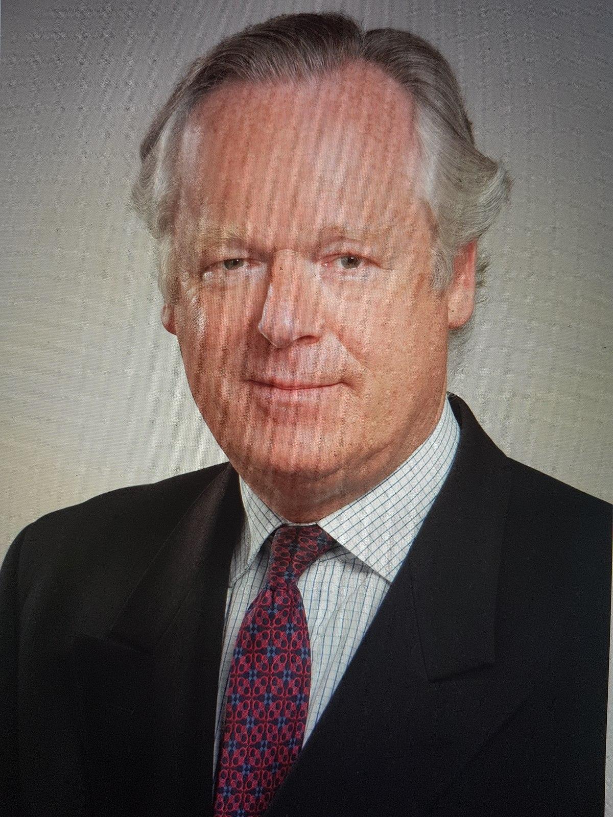 Thomas Hoyer