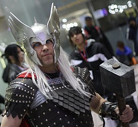 Thor Cosplay Comic Con NYC 2009.jpg