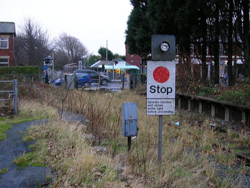 File:Thornton Station 05C318.jpg