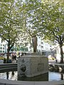 Tilikum Place Chief Seattle statue 01.jpg